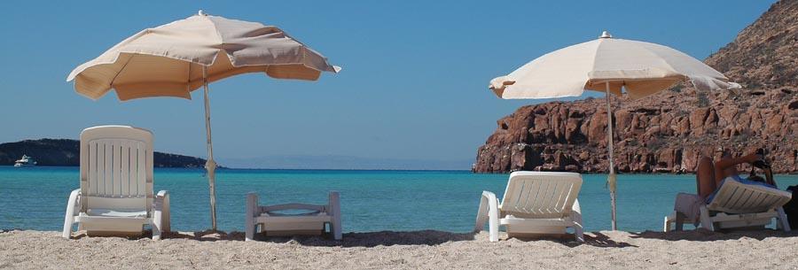 Entspannungspause am Strand Isla Partida